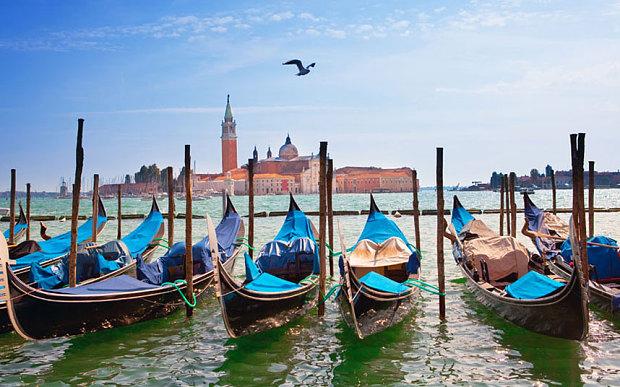 Venice_3300885b